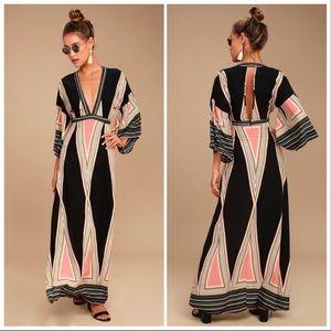 Lulu's Montecito Black Print Maxi Dress
